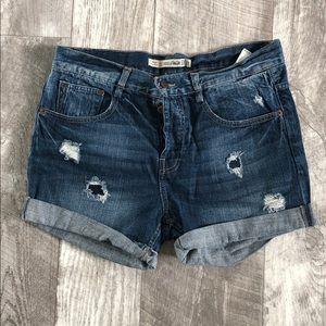 Zara Premium Wash Distressed Shorts sz 6 Buttons